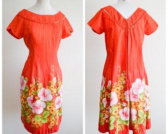1960s Orange border print Hawaiian dress / 60s hibiscus printed cotton dress - S M