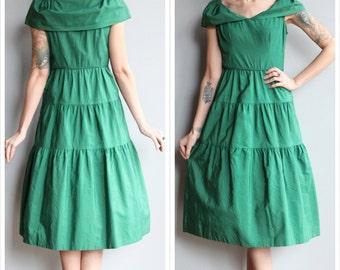 1940s Dress // Kelly Green Aldenaire Dress // vintage 40s dress