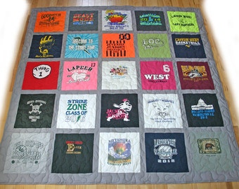 25 T-Shirt Memory Quilt With Sashing *** FREE SHIPPING *** Superior Work *** Quick Turn Around