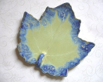 Island Oasis Pottery Leaf Spoon Rest