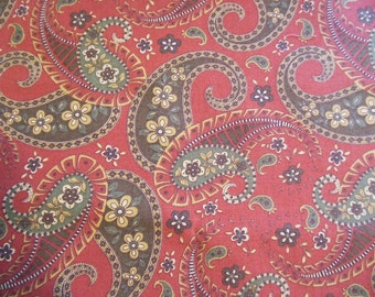 Fat Quarter - Red Paisley