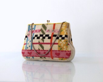 1950s Tapestry Handbag // 50s Vintage Top Opening Needlepoint Purse
