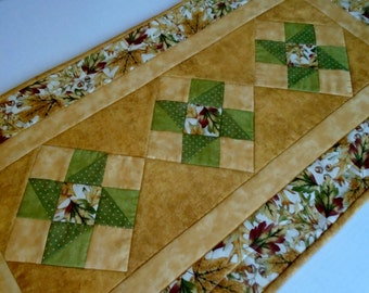 Quilted Table Runner in Fall Autumn Colors, Fall Leaves Table Runner, Thanksgiving Runner,  Pinwheel Quilted Table Topper, Gold Rust Green