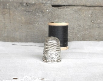 Antique Sterling Silver Thimble Size 10 Early Stern Bros Fouled Anchor Mark Collectible Sewing Needlework Tool