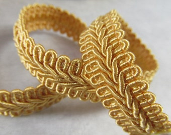 Harvest Gold 1/2 inch or 13mm Romanesque Flat Gimp Trim sold by the yard