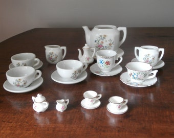Ceramic Childs Tea Set Japan 24 Pieces
