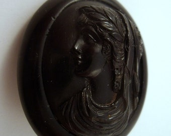 Victorian Jet Mourning brooch cameo