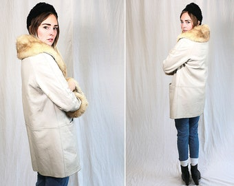 Vintage Vtg Vg 1960's 60's White Leather and Fur Coat Retro Bohemian High Fashion Women's Winter Apparel Size Medium Fully Lined