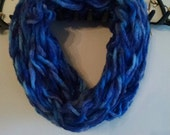 Arm knitted infinity scarf, chunky scarf, hombre blue scarf, FREE SHIPPING