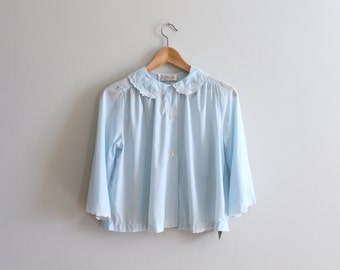 new old stock 50s ladies bed jacket - handkerchief cotton top / B. Altman & Co. Fifth Avenue - 50s bed jacket / pale blue scalloped collar