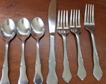 Fancy Tip Stainless Steel Flatware Vintage Silverware Bin 44