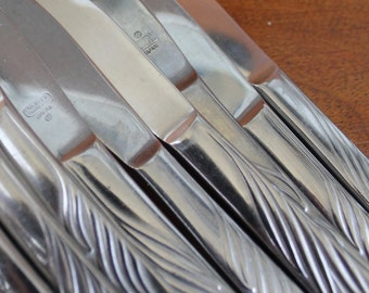 Vintage Flatware in Eventide Pattern Stainless Silverware (wheat stalks) BIN 23