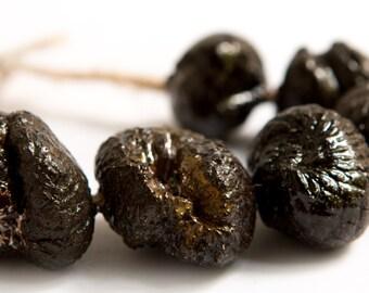 Black-lip Pearl  -- a set of 7 textured ceramic beads