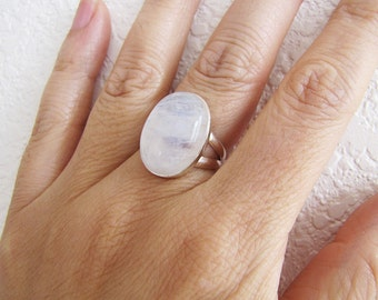 Oval Rainbow Moonstone Sterling Silver Ring, size 6, Modernist