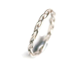 Braided Ring in Sterling Silver - Delicate Wedding Ring Gift for her under 50, 2mm, thin, delicate, elven,