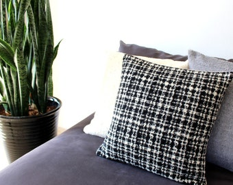 Black and white pillow: mid century modern pillow cover in luxury Italian wool, chunky weave,