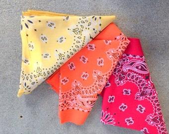 Vintage BANDANA SET of 3 Scarf....colorful. rainbow. hipster. retro scarf. 1980s. mod. head. neck. groovy. bright. bold. bandana. pastel