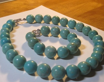 Chunky Chalk Turquoise Necklace and Bracelet