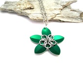 Green Flower Necklace - Pendant Necklace - Chainmaille Pendant - Scale Maille Pendants - Chain mail - Chainmail Jewellery - Chainmail