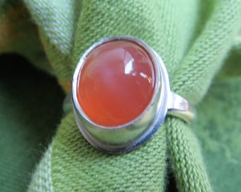 Bright Peach Moonstone in Argentium Silver Ring Size 6 & a Half
