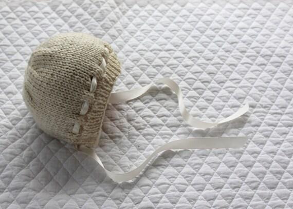 Bella Baby Knitting Patterns : Bebeknits Bella Baby Bonnet Knitting Pattern from bebeknits on Etsy Studio