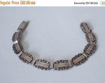 25% OFF SALE / 1940s vintage bracelet / sterling silver Forget-Me-Not bracelet