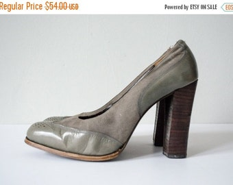 25% OFF SALE / 1970s vintage shoes / suede and leather wingtip oxford pumps / 7.5