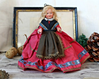 French antiques doll celluloid Petit Collin folk regional provincial shabby chic retro collection french cottage french country