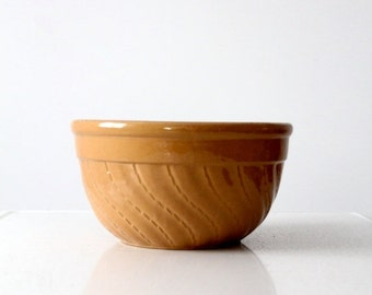 SALE vintage yellow ware bowl, stoneware kitchen bowl