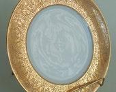 Royal Bavarian Hutschenreuther 18K Gold Encrusted Etched Wide Rim Dinner Plate MINT