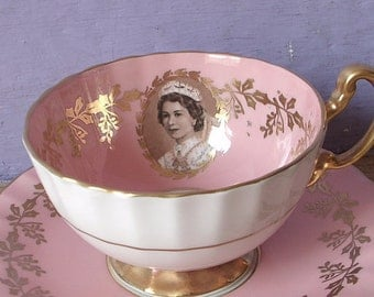Vintage 1950's Aynsley Queen Elizabeth tea cup, pink tea cup and saucer, English tea cup set, bone china teacup, gold antique teacups