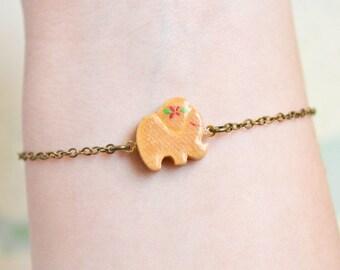Elephant Bracelet - Elephant Jewelry - Animal Jewelry - Lucky Elephant Charm - Good Luck Bracelet -  Vintage Wooden Charm