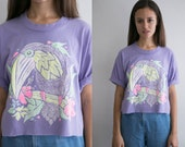Toucan Neon Crop Top / Womens VTG Cropped Retro Shirt / Novelty Graphic 90s Small Medium Large Cotton Shirt Tropical Bird Colorful Purple