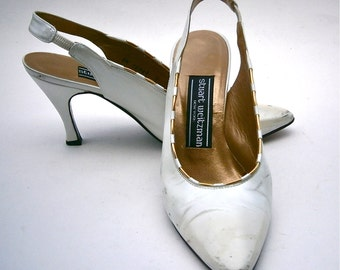 Vintage White Satin Ladies Shoes All Leather Flared High Heels Stuart Weitzman Slingbacks Gold Trim Pumps Women Size 5B Props Wedding Bride