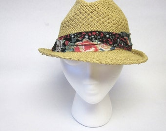 Women's Straw Fedora Hat Frayed Floral Band
