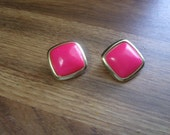 vintage clip on earrings goldtone bright pink lucite