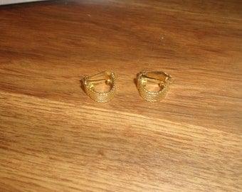 vintage clip on earrings goldtone metal mesh