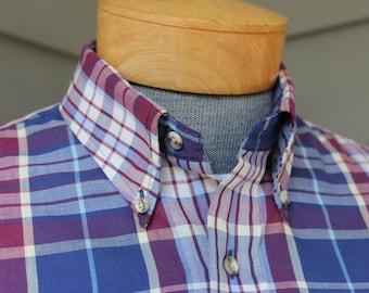 vintage 70's - 80's -Gant- Men's short sleeve 3 button collar shirt w/ locker loop. Blue / Purple color combo 'Foxhunt Plaid'. Large