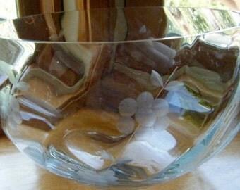 Large Crystal Etched Glass  Salad/ Serving Bowl