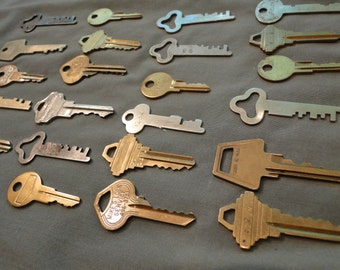 Lot of 24 assorted keys safe deposit bank door craft art project