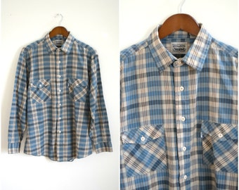 Vintage men's Levi's plaid shirt / blue plaid button down