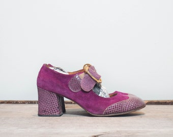 6.5 M | Women's 1960's MOD Wingtip Purple Suede Pumps