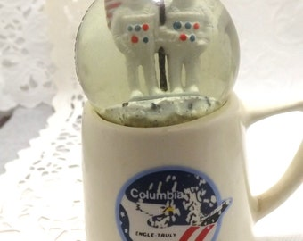 Kennedy space center miniature Columbia mug and ball with two astronauts on moon, space science, souvenir