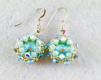 Mint Swarovski Crystal Beaded Earrings, Mint Dangle Earring, Crystal Earrings, Crystal Rivoli Earrings, Mint Green Beaded Earrings