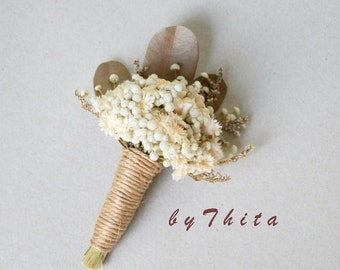 A Mini  Dried Flower Bouquets  /   Wedding  Boutonnieres