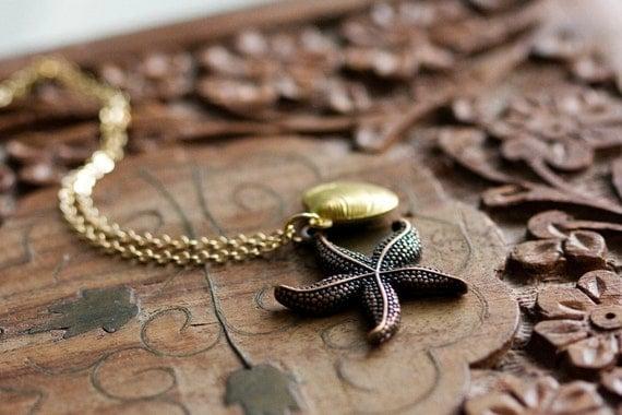 Sea Shell Starfish Necklace Ocean Nautical Necklace Starfish Pendant Sea Life Beach Jewelry - N227