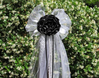 Black Satin Peony Rose Rhinestone PearlsTulle Pew Bows Chair Fence Table Wedding Decoration Decorations Bridal Party