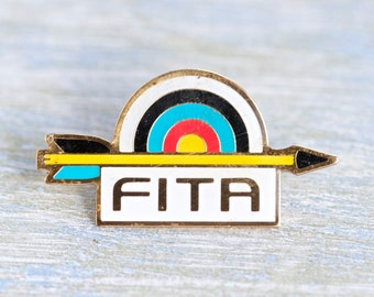 Archer Badge - Arrow and Bullseye Pin - FITA - World Archery Federation - Fédération Internationale de Tir à l'Arc