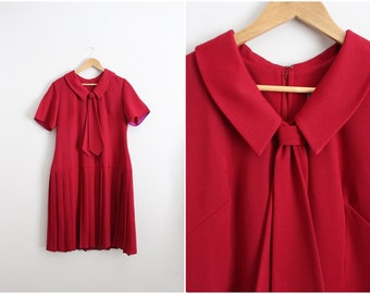 60s Sailor Burgundy Dress / Mod Dress / Maroon Pleated Dress/ Size L/XL