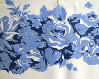 Vintage Tablecloth - Blue and White Roses Petunias Morning Glories Floral Tablecloth - Blue and White Kitchen - Vintage Table Linens